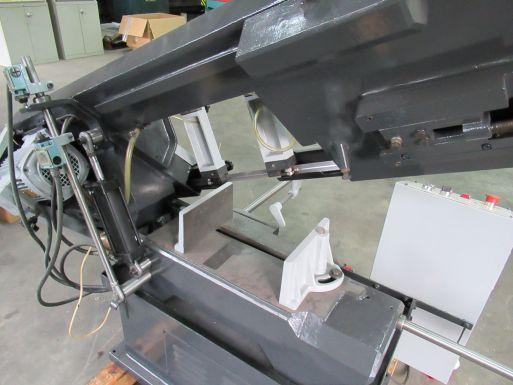 Sahinler BMSY 250 - Metallsäge Maschine